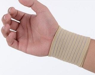 Mengobati tangan terkilir