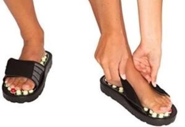 Memilih sandal refleksi