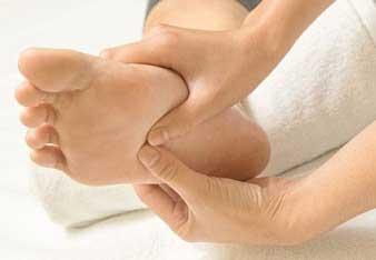 Pijat refleksi kaki
